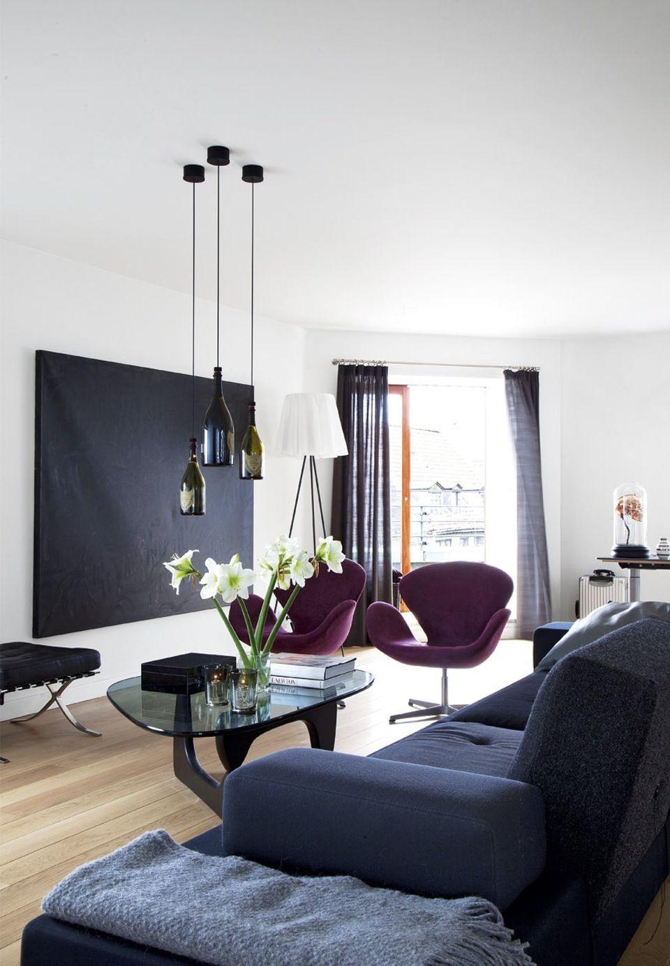 Intimate and quiet living room with dark interior design ideas we