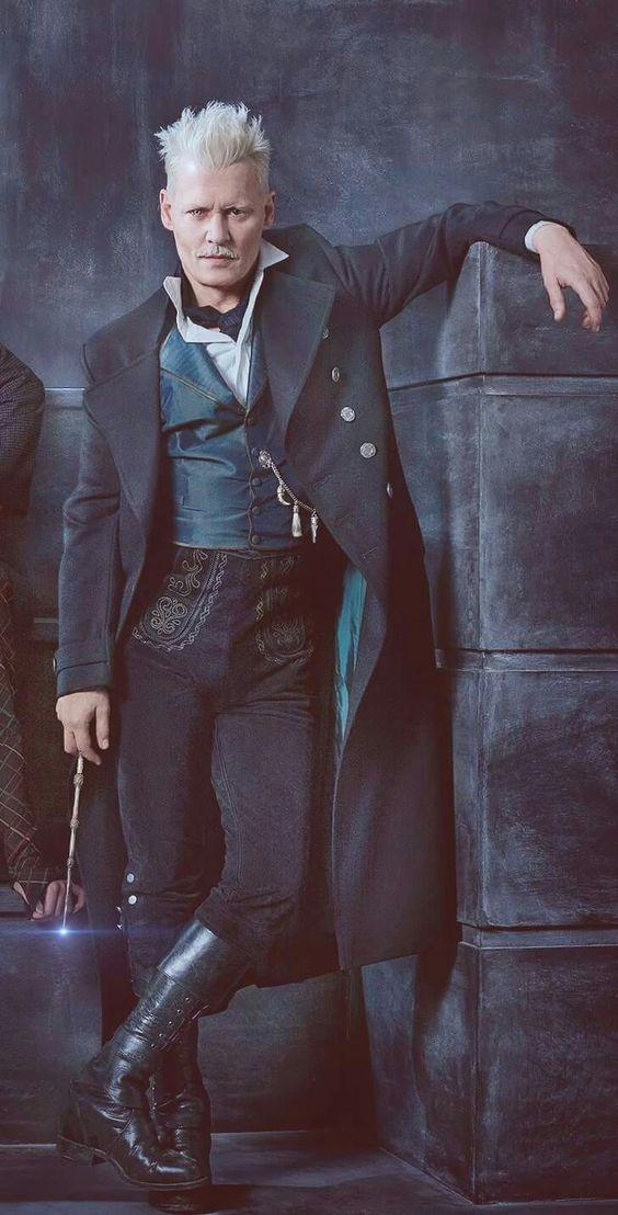 Pin By Deborah Bracciotti On Harry Potter Johnny Depp Fantastic Beasts Grindelwald Johnny Depp Movies