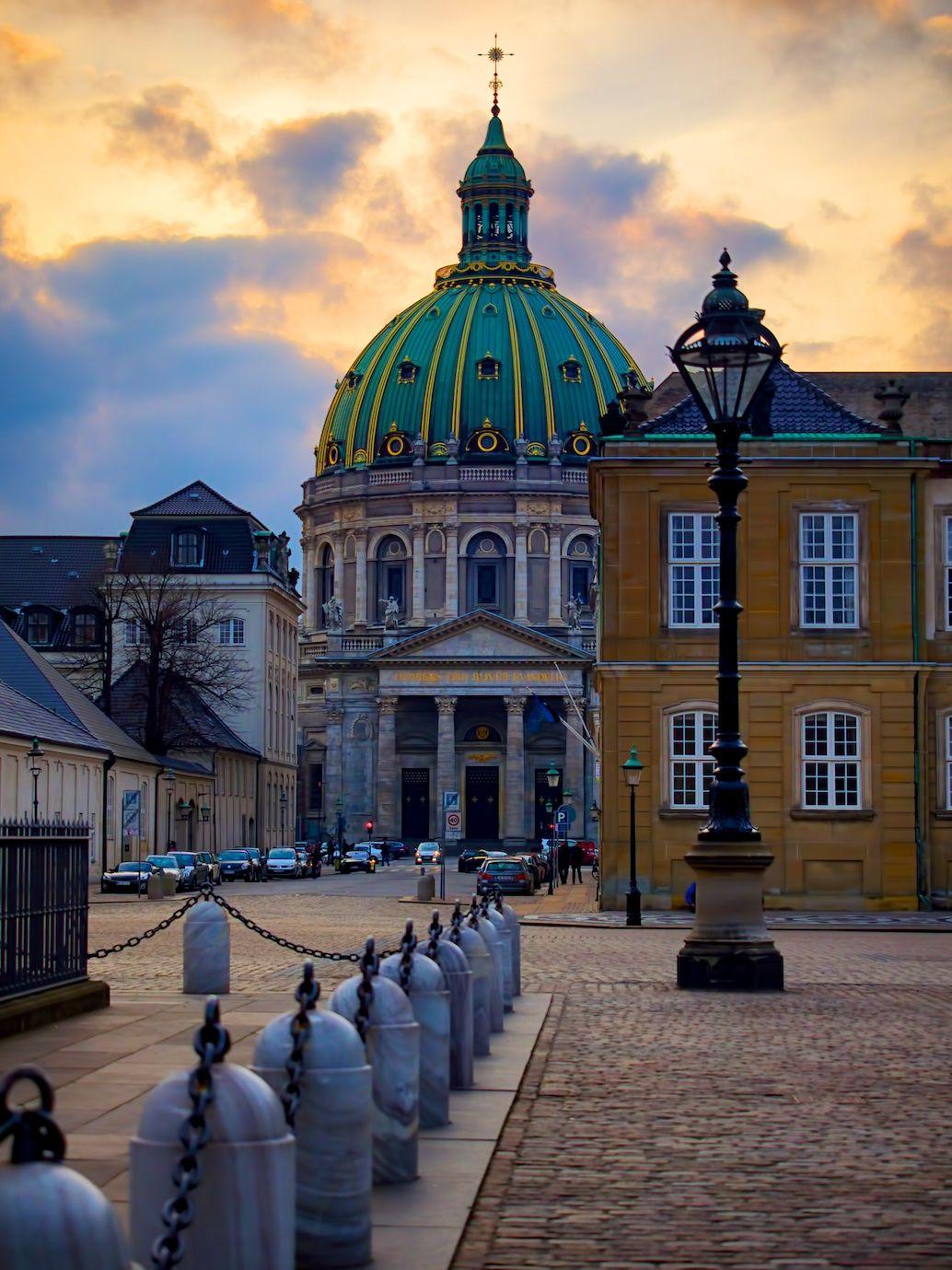 I caught a fabulous sunset in Copenhagen recently, while wandering around Amalienborg Palace...