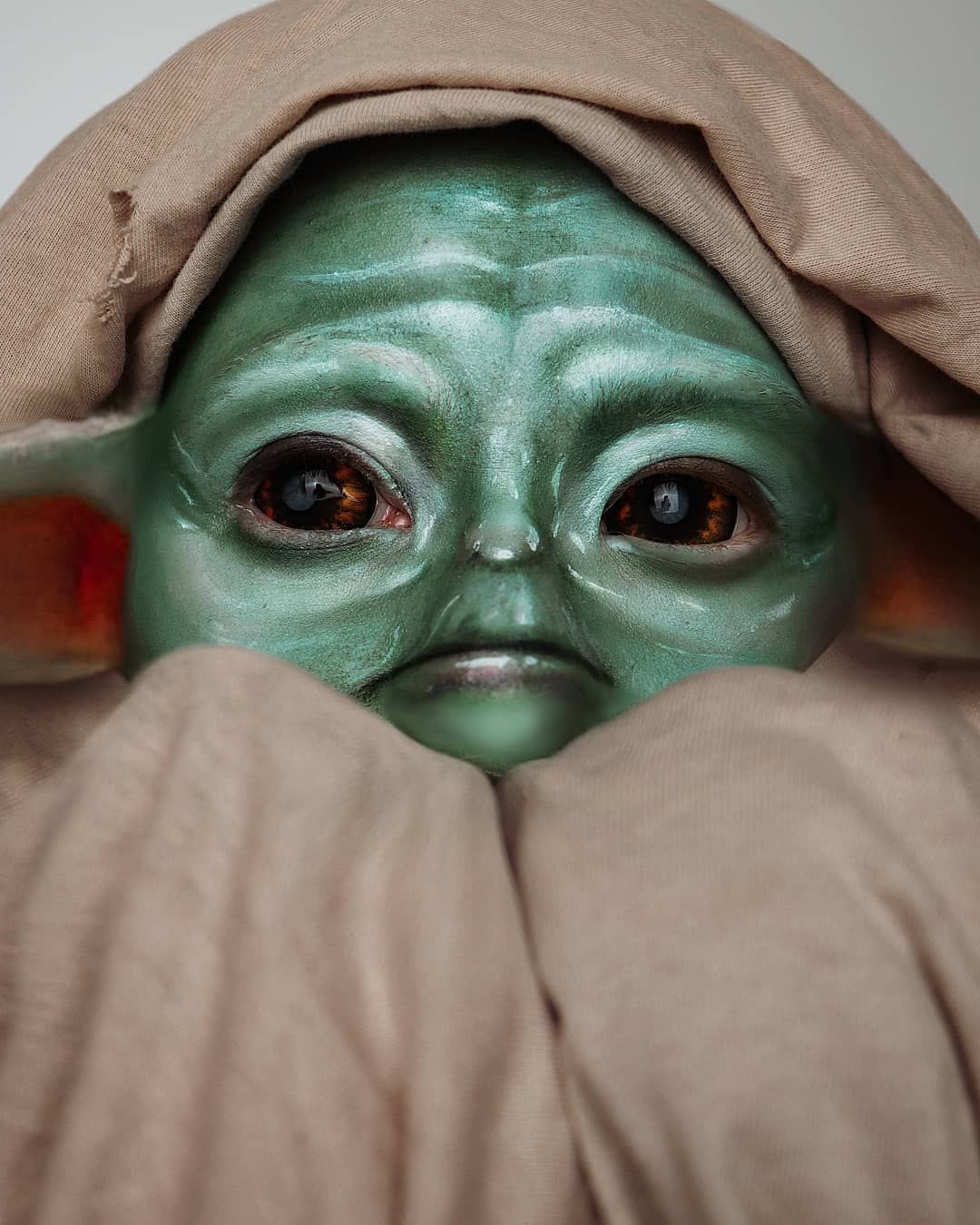People Are Now Creating Baby Yoda Makeup Looks, Because It