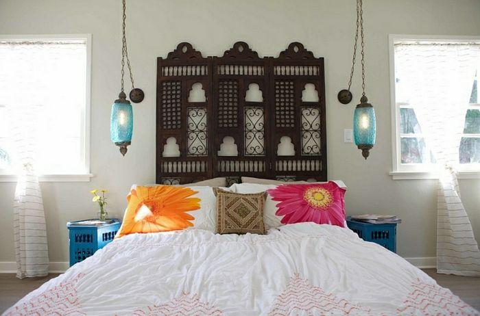 Schlafzimmer Design Rot Petrol Weiss Wand