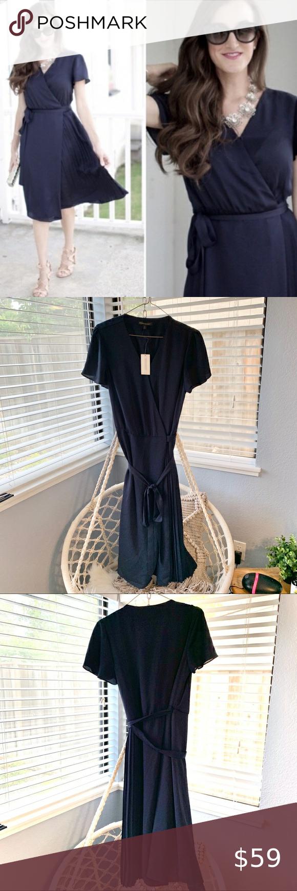 Nwt Banana Republic Pleated Wrap Dress Tall Lace Up Back Dress Professional Dresses Swing Tunic Dress [ 1740 x 580 Pixel ]