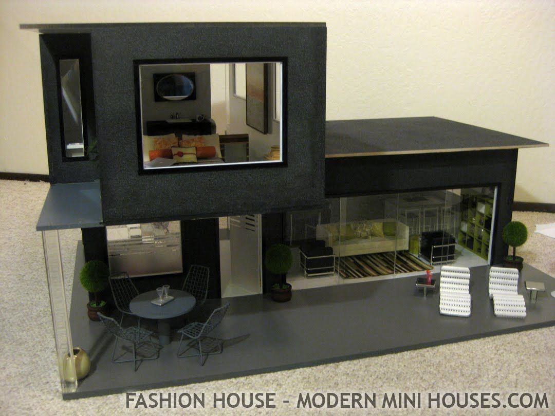 Swell Top 25 Ideas About Mini Houses On Pinterest Mini Homes Tiny Largest Home Design Picture Inspirations Pitcheantrous