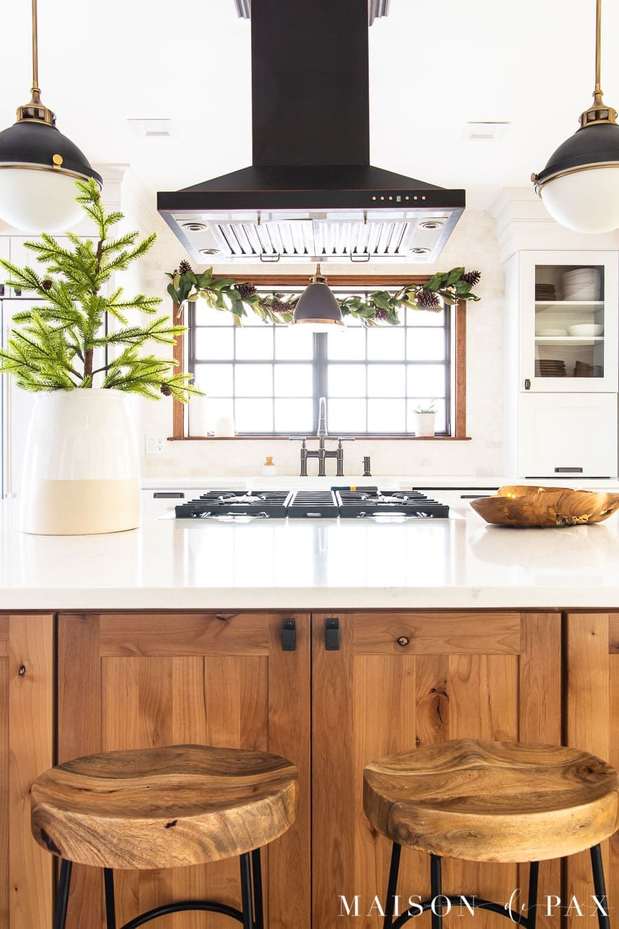 how to decorate a kitchen island for christmas