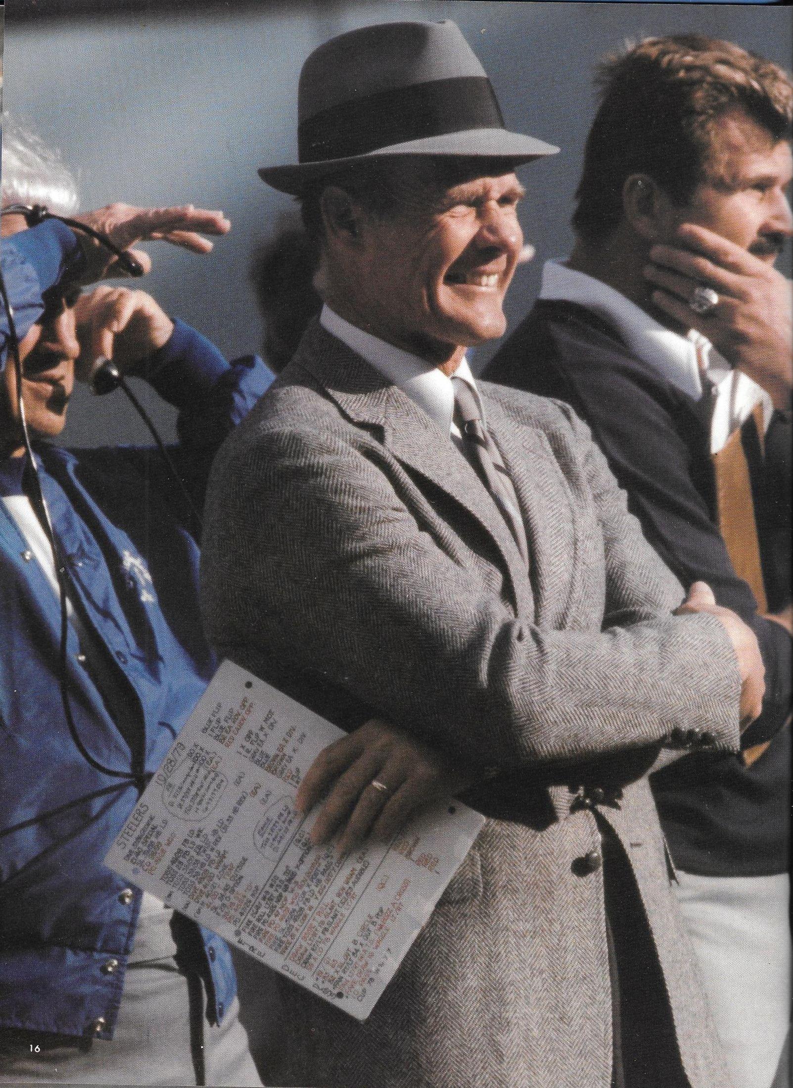 Head coach tom landry dallas cowboys tom landry cowboys
