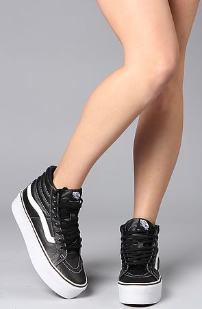 9e8924972335d9 I want these so bad! If anyone knows where I can get a pair