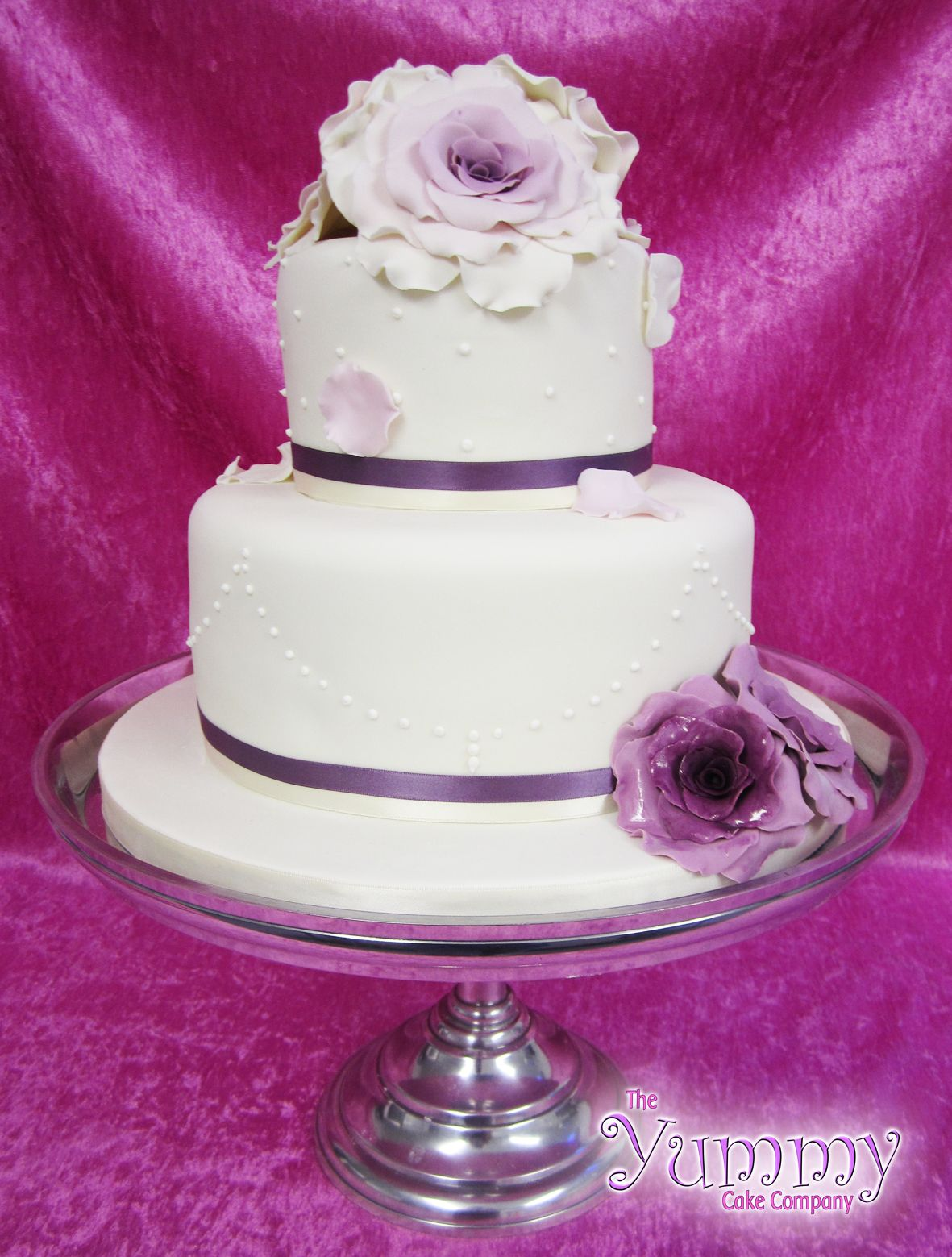 Wedding Cakes With Purple Flowers Purple Flowers Wedding Cake