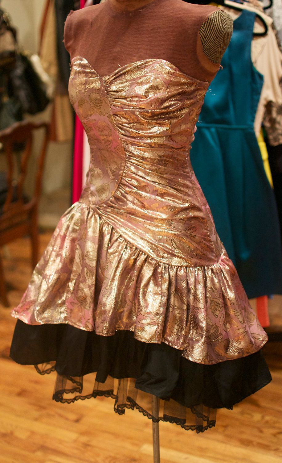 S gold pattern and black tulle strapless mini party dress