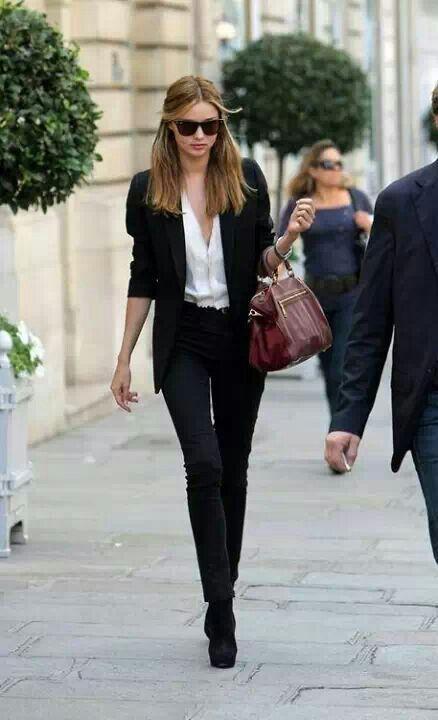 Tenues de travail pour femme 24 looks styl s pour aller - Look bureau femme ...