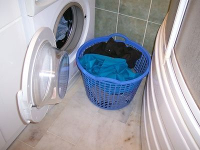 How To Get Rid Of Hard Water Stains In Clothing Clean Washing