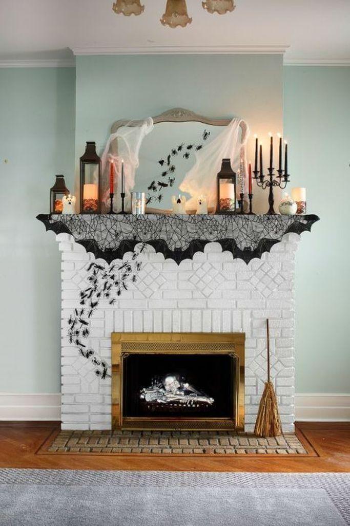 37 Elegant Halloween Mantel décor You Must Try In Halloween 2019 #eleganthalloweendecor