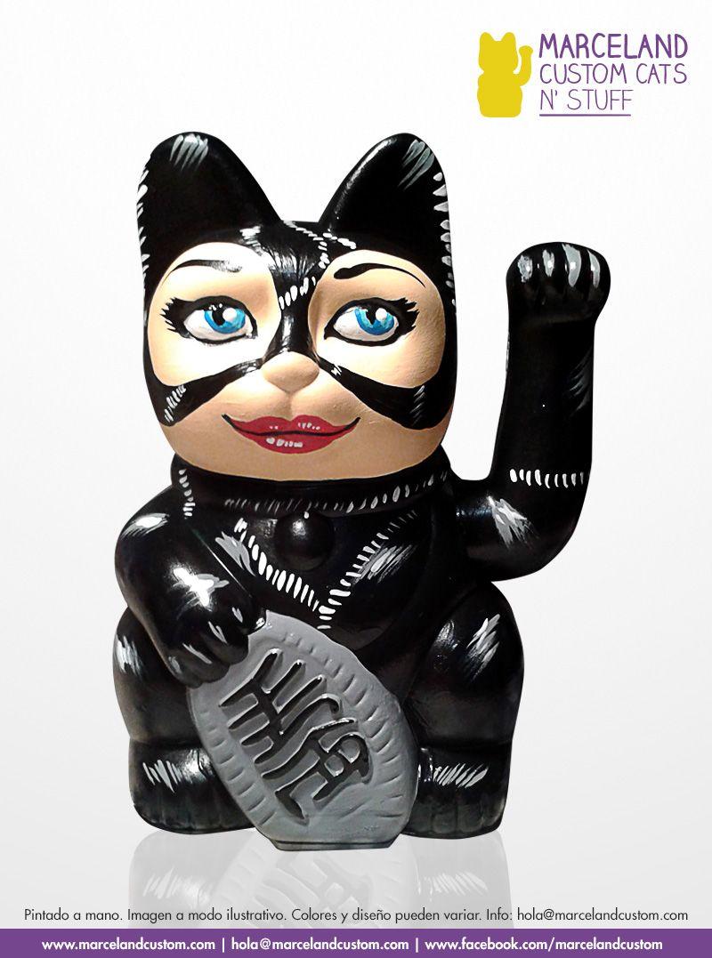 Catwoman custom maneki neko by marceland.  www.marcelandcustom.com