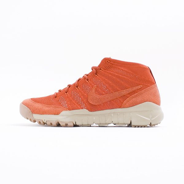 big sale 25cc9 a425c Nike Flyknit Trainer Chukka SFB SP - Flyknit Trainer Chukka SFB SP is built  with the cushioned, streamlined comfort of a shoe and the rugged traction  of a ...