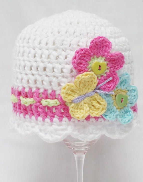 FLUTTER BY CROCHET hat pattern Baby crochet por KerryJayneDesigns ...