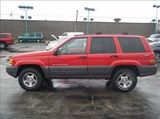 I Used To Own A 1998 Jeep Grand Cherokee In Red In 2000 1998 Jeep Grand Cherokee Jeep Grand Cherokee Jeep Grand Cherokee Laredo
