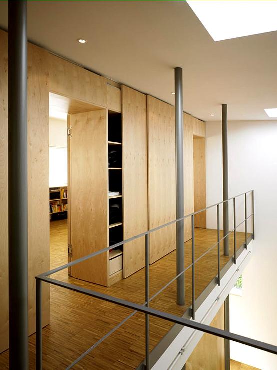 Einbauschränke als Trennwand, zum Beispiel für Garderoben/Schlafzimmerbereich, von beiden Seiten zugänglich?