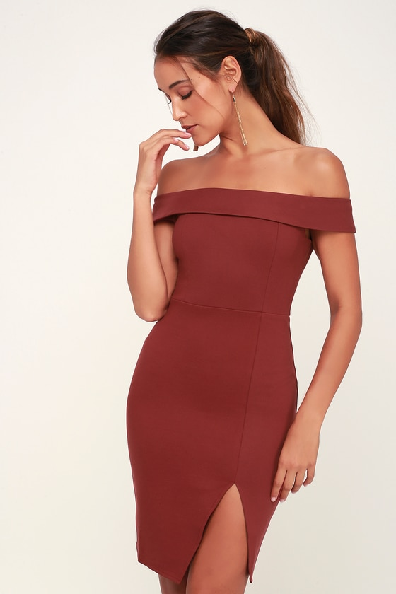 Off-the-shoulder bodycon dress with ruffle