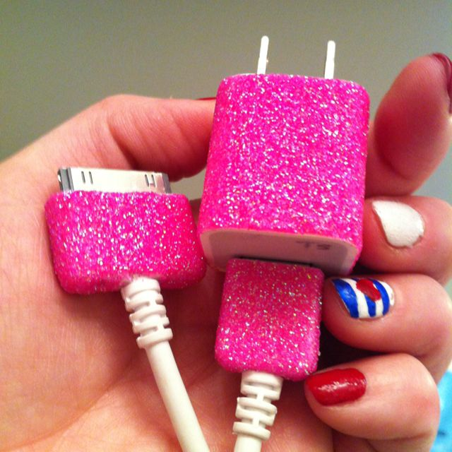 DIY glitter iPhone charger. Mod podge, glitter, let dry. Repeat. Finish off with clear acrylic sealer. Never mix up apple chargers again!