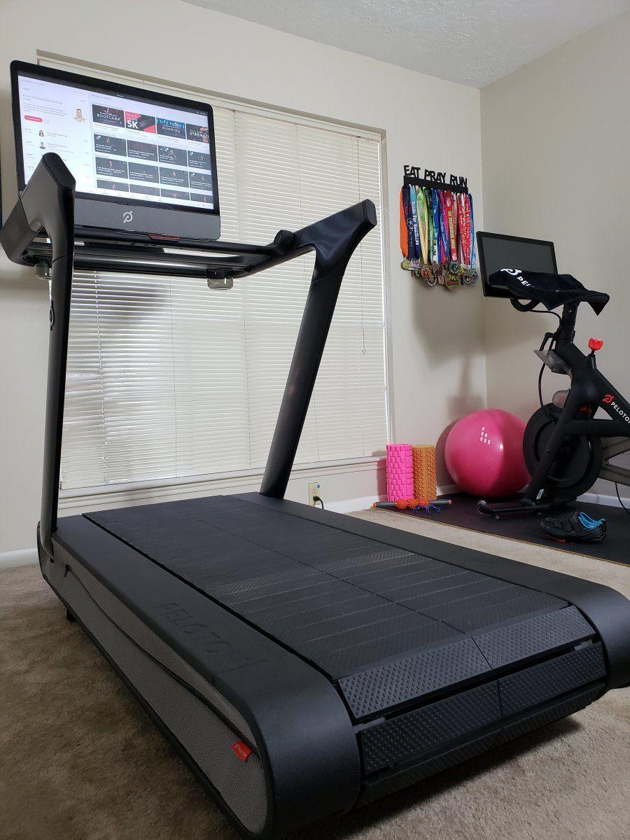 Peloton Tread Review Peloton Weekly Workout Plans Treadmill