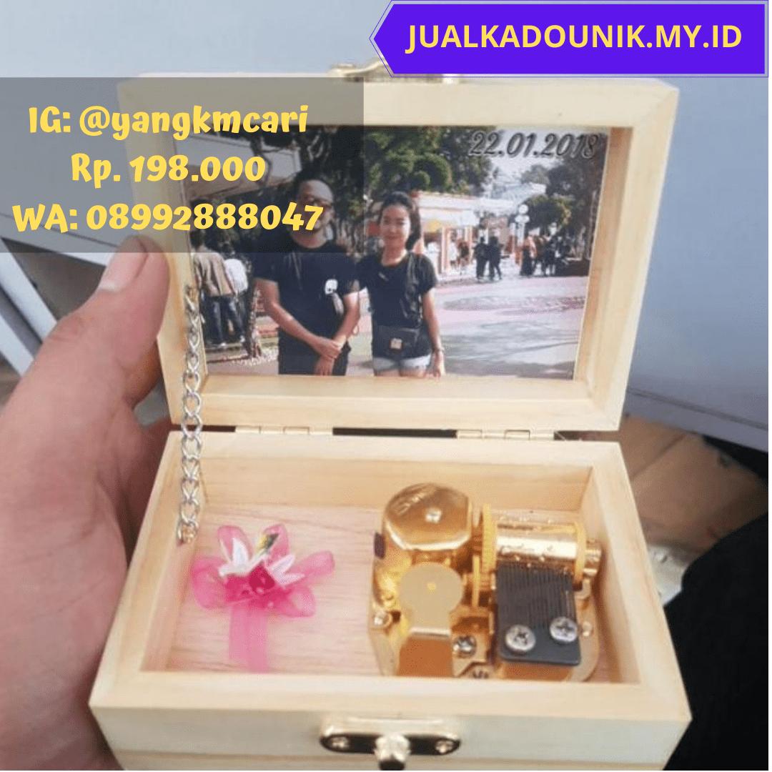 Hadiah untuk sahabat