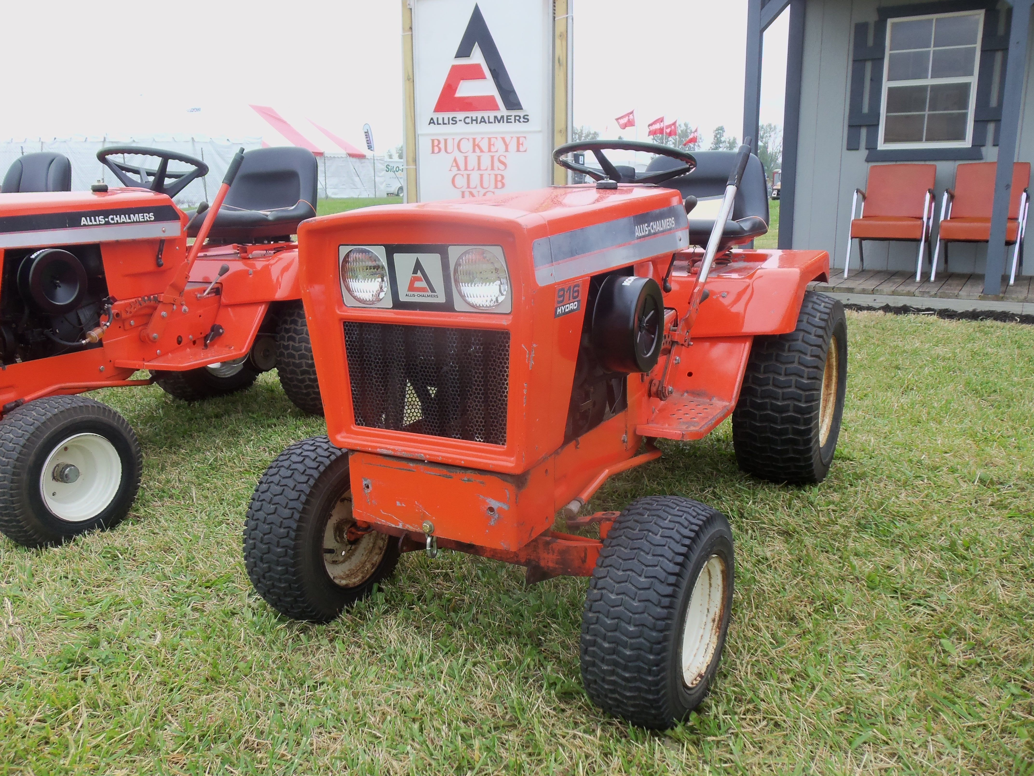 Allis Chalmers 917 Lawn Garden Tractor With Images Garden
