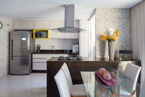 Brasília completa 56 anos no dia 21 de abril. Confira três moradas para se inspirar na hora de decorar a sua