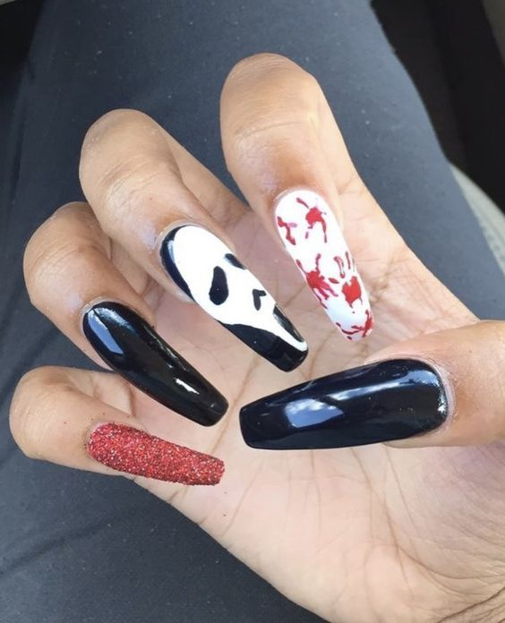 Easy Halloween Nail Art Ideas For Teens With Images Halloween Nails Easy Horror Nails Halloween Acrylic Nails
