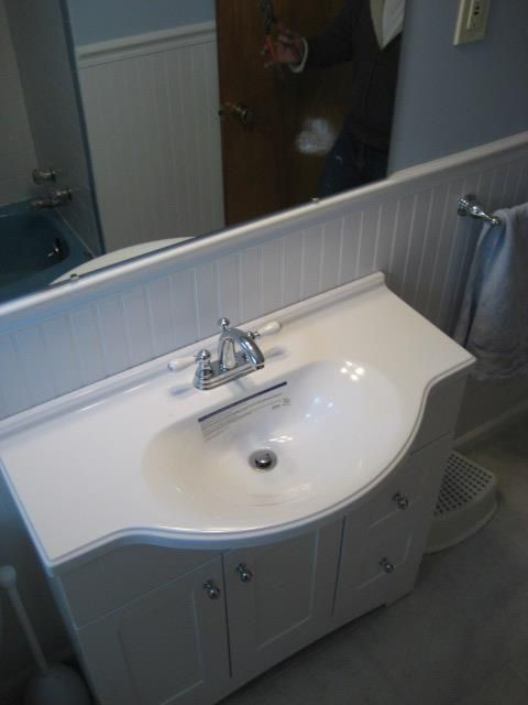 I like the extra sink capacity without sacrificing more space on the floor with a larger fixture