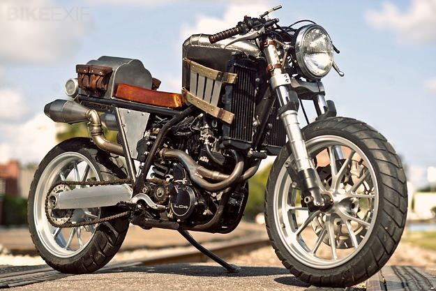 The strangest KTM we've ever seen: a 640 Adventure transformed into a steampunk machine straight out of Mad Max. | Repinned by www.BlickeDeeler.de
