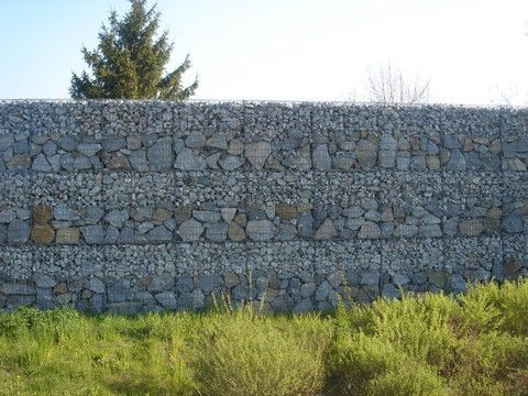 Sound Barrier Gabions Garden Retaining Wall Landscaping On A