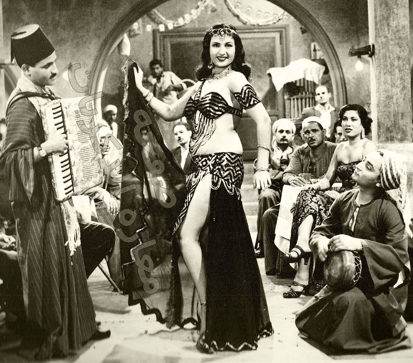 Naima Akef, a famous Egyptian actress and belly dancer ...