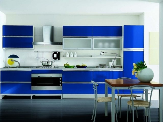 Casas Color Azul Rey