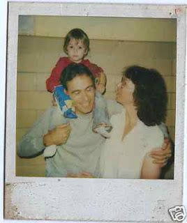 Ted Bundy with wife Carol and daughter Rosa (1983)   Serial killers, Ted bundy, Natural born killers