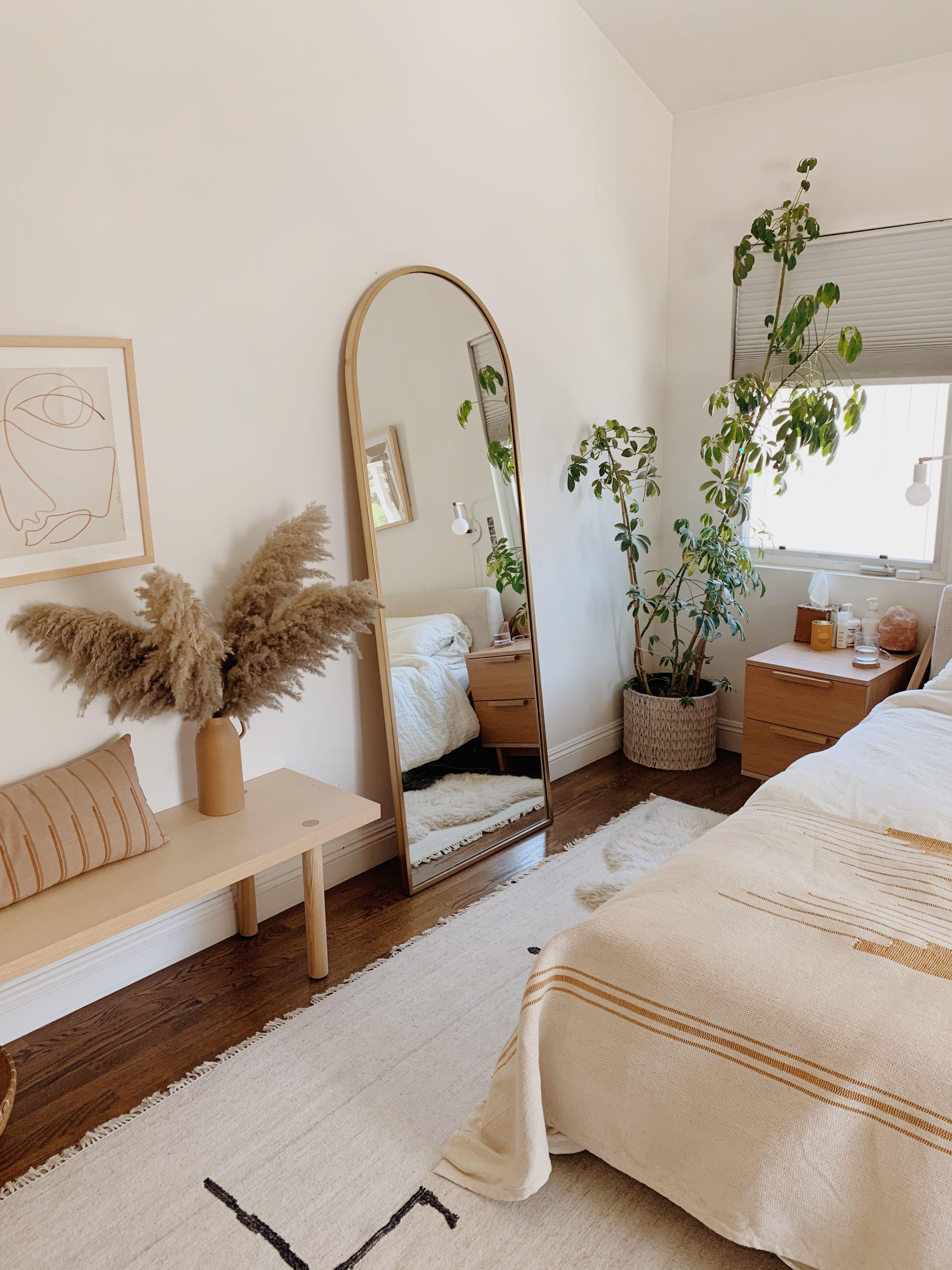 boho main bedroom adorning