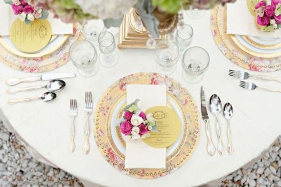 Friday\'s FAB 5 ✈ Wedding Table and Place Settings | Place setting ...