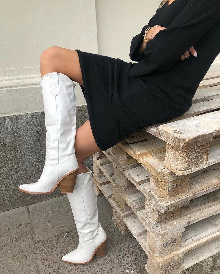 calf height western cowboy boots