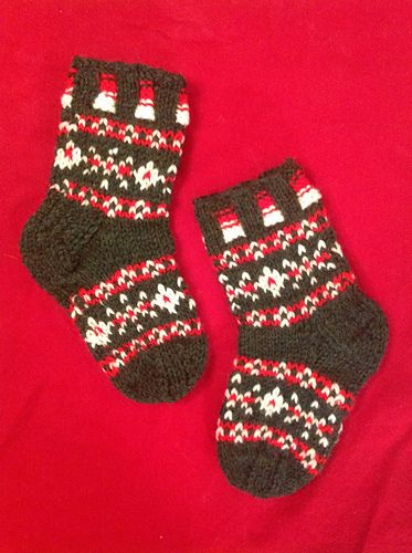Toddler Holiday House Socks pattern by Mad City Knits | Fair isle ...