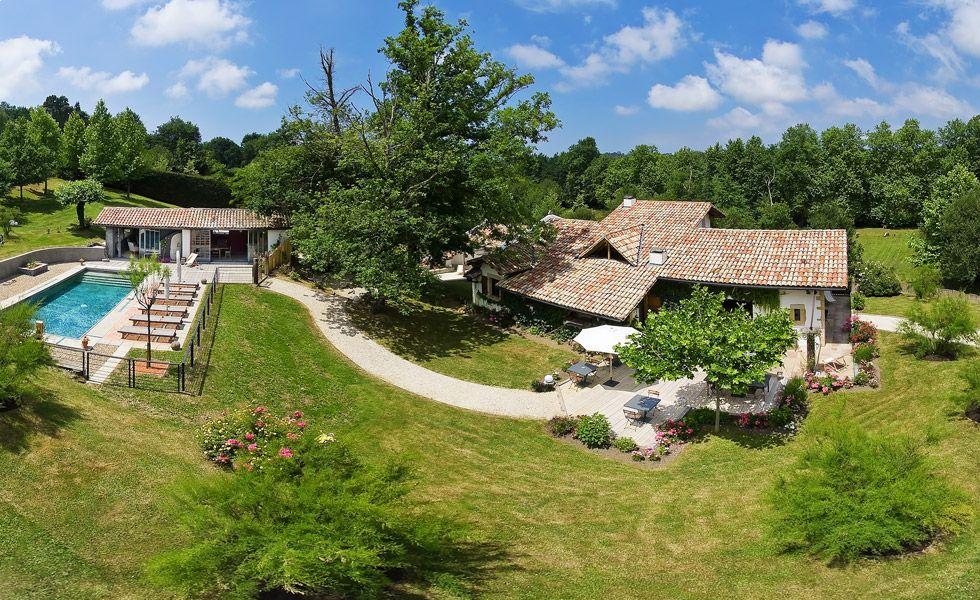 Chambre D Hote Pays Basque Maison D Hotes De Charme Et Luxe Avec Piscine A Arbonne 64 Gite De France Maison D Hotes Arbonne