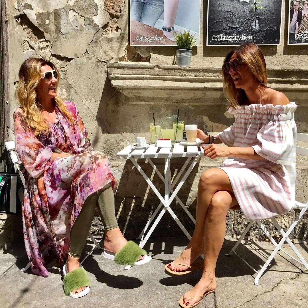 "Gefällt 524 Mal, 5 Kommentare - Parfums And Fashion (@latelierbelgrade) auf Instagram: ""Dressed in LOVE 🌞Total look by Studio l'Atelier: Silk dresses and fur slippers #studiolatelier…"""