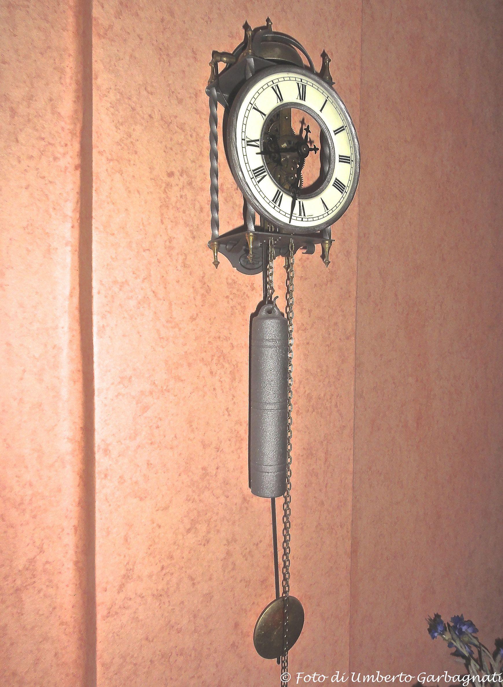 orologio a pendolo \