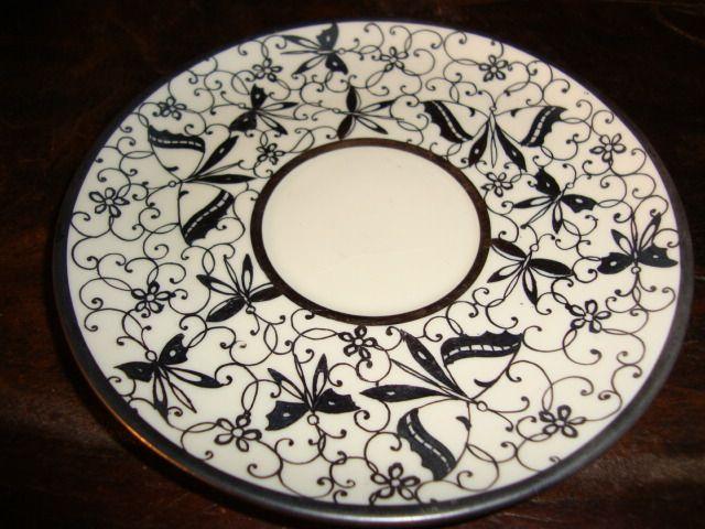 VECCHIA TAZZA E PIATTINO IN CERAMICA DI LAVENO ART DECO' FIORE FARFALLA ARGENTO 53vht79c (Altra Porcellana e Ceramica) in Preciolandia Italia: EUR 27,99 (53vht79c)