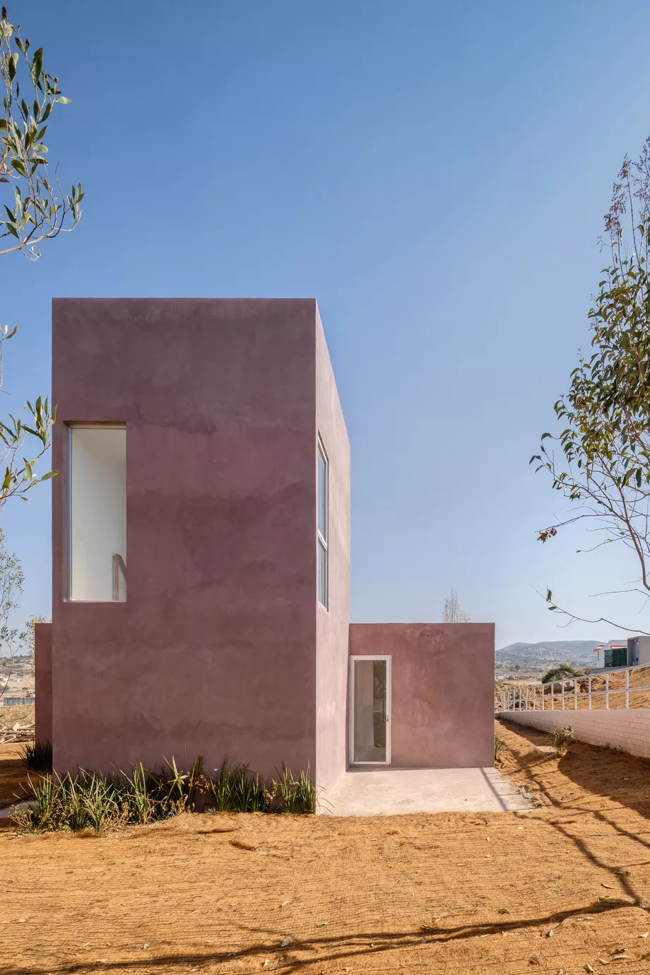 Pink Concrete Home Is An Affordable Housing Prototype In Mexico Curbed In 2020 Building Systems Architecture Affordable Housing