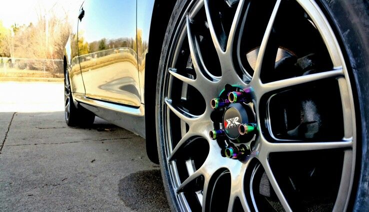 18 X 7 5 Xxr 530 Chromium Black Wheels On A First Generation Scion Tc The Neochrome Lug Nuts Really Pop Out With The Color Of The Wheels ホイール