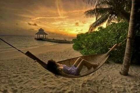 Sweet dreams to the beach