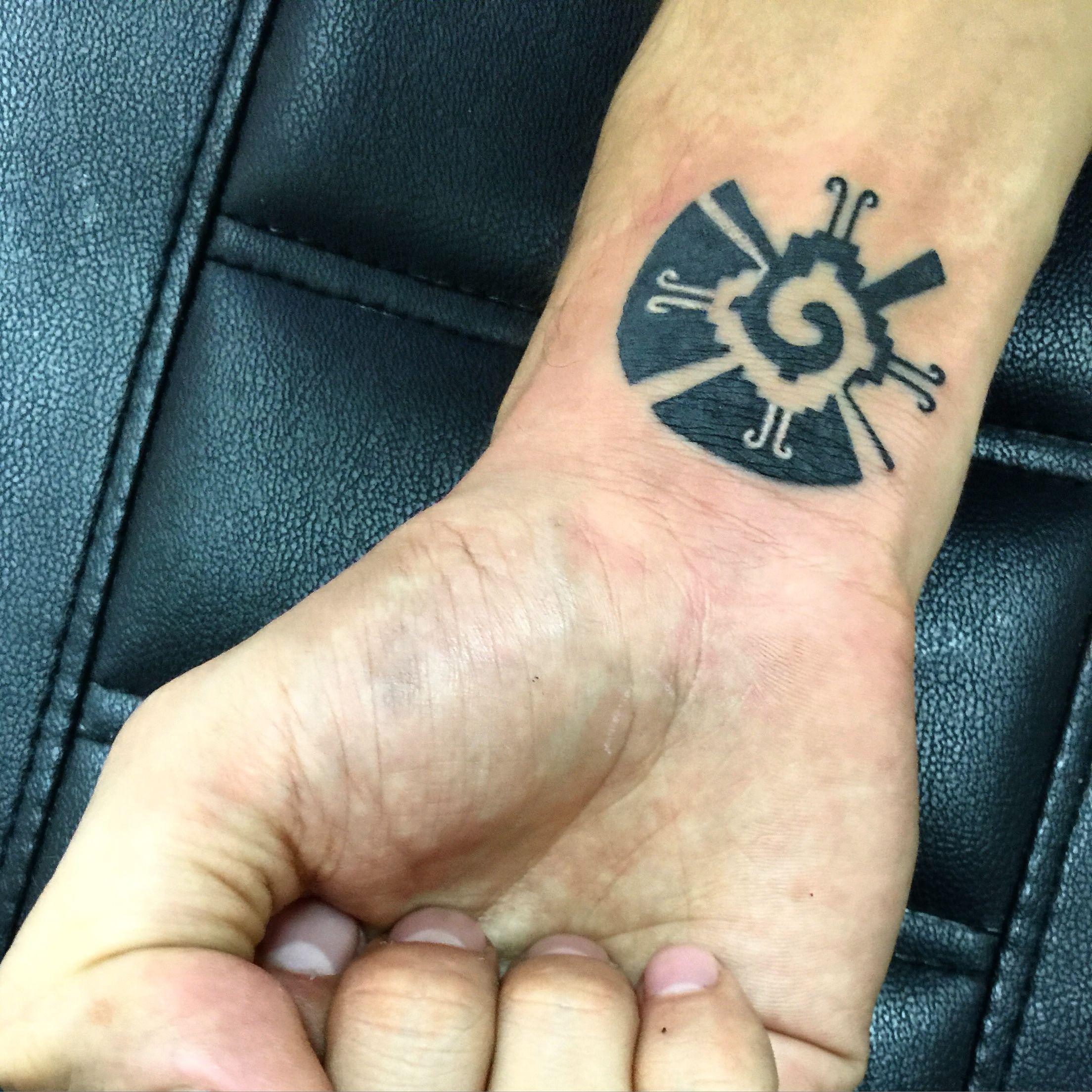 Hunab Ku Significa Dios En Maya Tatuaje Hecho Por Osvaldo Castillo