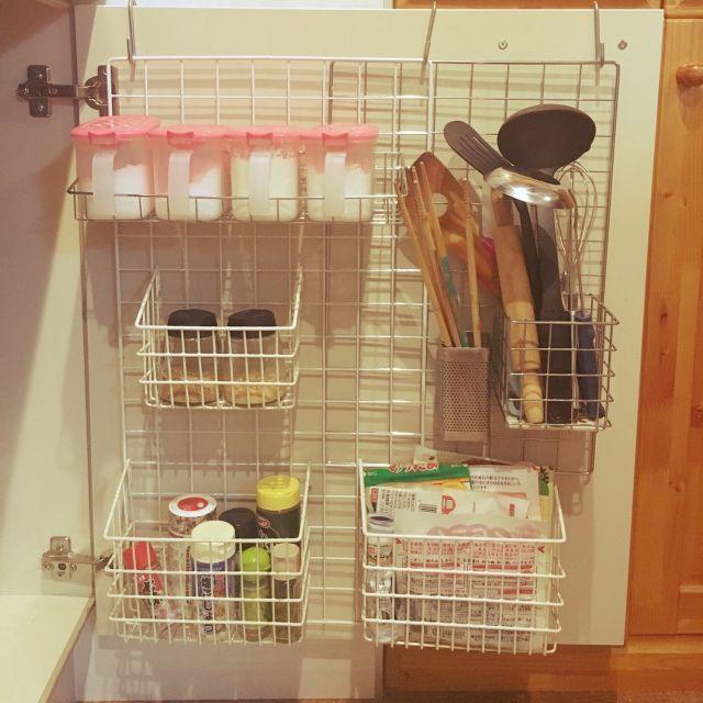 キッチン 調味料ラック Diy 100均 一人暮らし などのインテリア実例