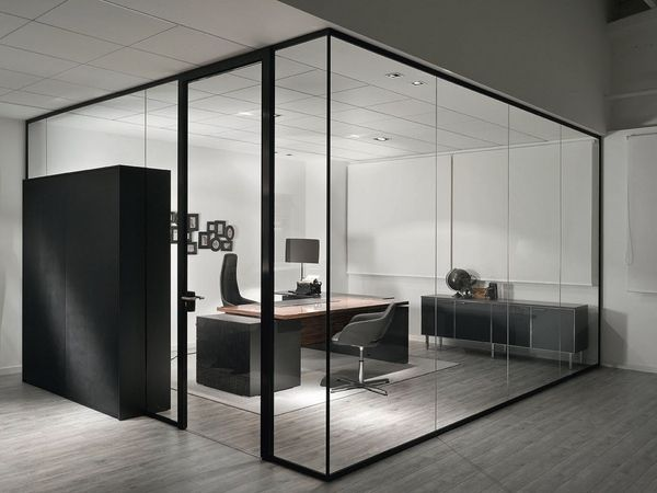 Glass divider partition ideas modern design offices for Modern office decor ideas