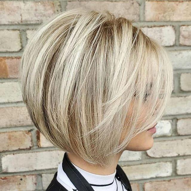 Ein Toller Haarschnitt Ist Ein Haarschnitt Der Viel Anklang Findet Ein Grossartiger Haarschnitt Ist Ein Haar Bob Frisur Bob Frisuren Kurz Haare Frisieren