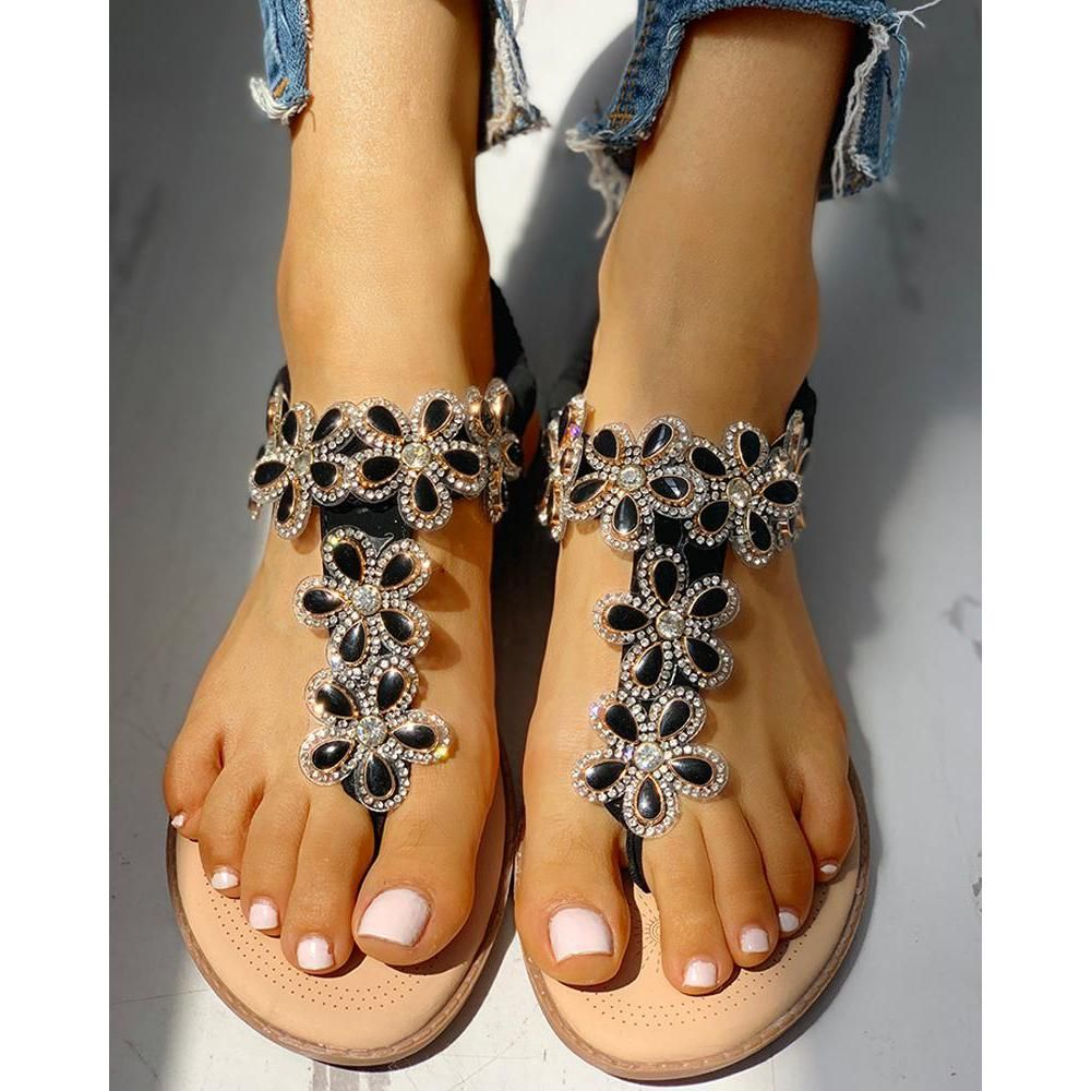Women S Toe Flower Flat Sandals With Images Jeweled Shoes Sandals Flat Sandals