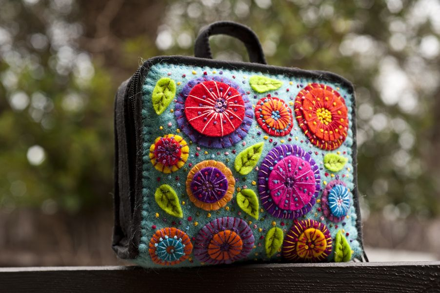 Lovely felted large flower design sewing kit by the ladies at Material Obsession. The design has been stitched onto a Yazzii.com organiser.